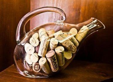 Wie man den Korken aus der Flasche zu wählen